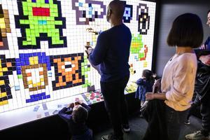 L'E-Lab propose une multitude de jeux à faire seul ou en famille.