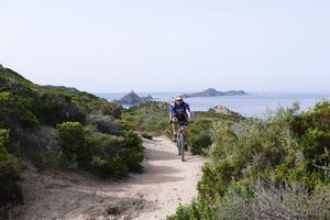 Le GT20, en Corse, est désormais accessible aux vélos à assistance électrique (VAE).