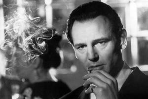 Liam Neeson offre une de ses plus belles prestations cinématographiques dans son rôle d'Oskar Schindler.