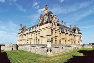 Le château d'Écouen est aujourd'hui consacré au Musée national de la Renaissance (95).