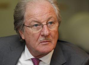 WOLFGANG REITZLE Le président <br/>de Holcim a évincé Bruno Lafont du poste de directeur général qui lui était promis.