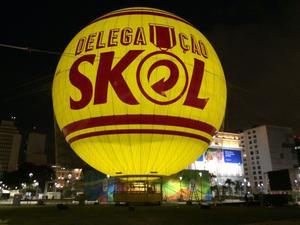 Pour les Jeux Olympiques, Aerophile a installé à Rio un ballon qui fait voler un millier de personnes par jour. Crédit: Aerophile