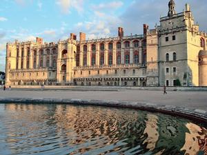 Le château de Saint-Germain-en-Laye abrite le Musée d'archéologie nationale (78).