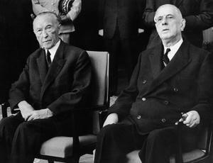 Le chancelier allemand Konrad Adenauer et le président français Charles de Gaulle à Cologne le 3 juin 1962.