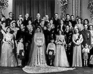 La famille royale lors du mariage de la princesse Elizabeth et du duc d'Edimbourg le 20 novembre 1947.