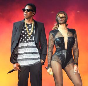 Beyoncé et Jay-Z pendant la tournée «On The Run» en juillet 2014 au New Jersey.