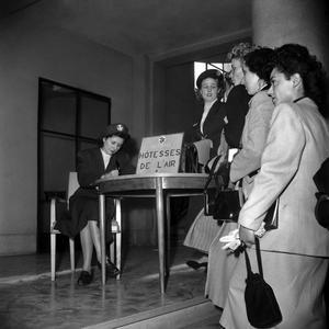 Concours pour devenir hôtesse de l'air d'Air France en 1948.