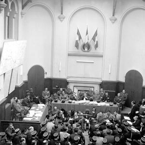 Procès d'Oradour-sur Glane au tribunal militaire de Bordeaux: vue generale du tribunal, pendant la deuxième audience le 14 janvier 1953.
