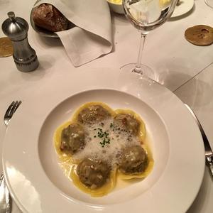 Les varenikis (des raviolis aux champignons) sont délicieux.
