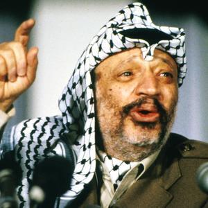 Yasser Arafat (1929-2004) chef de l'OLP (Organisation de Libération de la Palestine) lors d'une conférence de presse en décembre 1988.