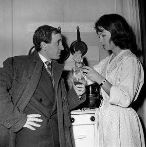 1959: avec Danny Robin dans le film <br/>de Jean-Pierre Mocky, <i>Les Dragueurs</i>.
