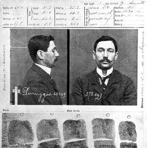 Fiche anthropométrique de Vincenzo Peruggia, peintre italien qui vola le 21 août 1911 «La Joconde» au musée du Louvre.
