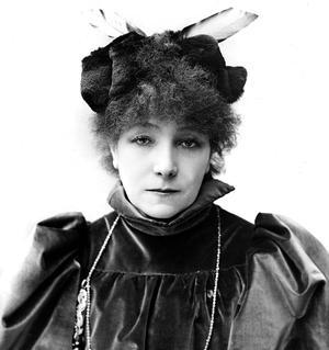 La «Grande Sarah Bernhardt», tragédienne, ici en 1894.