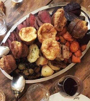 Le «sunday roast» de Floyd's (Xe).