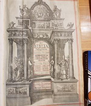 Frontispice d'une bible polyglotte, ancêtre du projet Best.