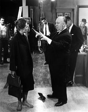 Tippi Hedren et Alfred Hitchcock, sur le tournage de <i>Pas de printemps pour Marnie</i> (1964).