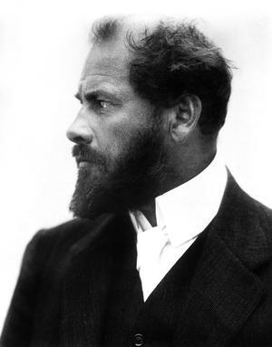 Gustav Klimt, figure cle de l'Art Nouveau et du symbolisme viennois, vers 1905.