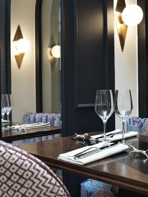 La salle du restaurant de l'Hôtel Bachaumont.