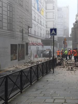 Lors de l'effondrement sur le chantier de la Samaritaine voisine.