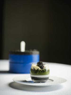 Le caviar de Sologne cuisiné par le chef Guy Savoy.