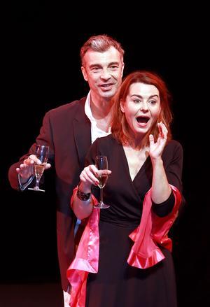 Christelle Reboul et Jean-Pierre Michaël s'attirent comme les faces d'un aimant.