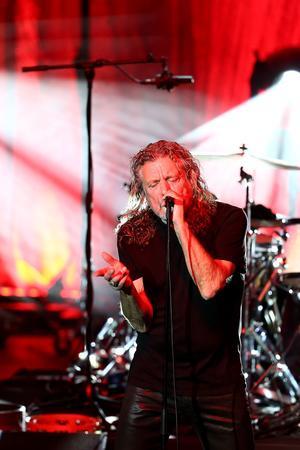 Robert Plant, lors du 25e Festival de Jazz d'Istanbul, le 17 juillet.