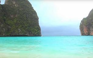Thaïlande : fermeture temporaire de la baie rendue célèbre par le film<i>La Plage</i>