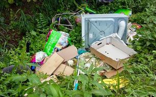 Décharges sauvages : retour à l'envoyeur pour ces déchets jetés en pleine nature