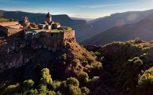 Arménie, pays merveilleux d'Aznavour et de la Francophonie