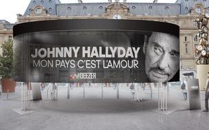 <i>Mon pays, c'est l'amour</i> de Johnny Hallyday: la ruée vers l'album posthume dès minuit