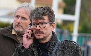 Luz de retour à <i>Charlie Hebdo</i> pour un numéro spécial consacré à sa BD <i>Indélébiles</i>