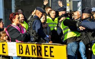 «L'urgence est ailleurs» : la colère des anti-17 novembre