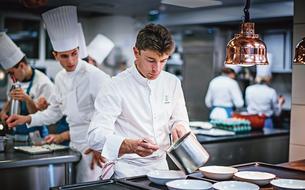 Restaurants: <i>Le Figaro</i> décerne ses étoiles