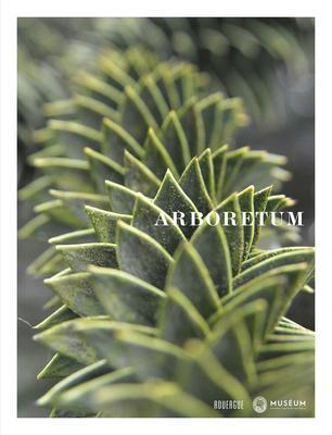 Publié cette année aux éditions du Rouergue, ce livre superbement illustré par Snezana Gerbeault, retrace l'histoire de l'arboretum de Versailles-Chèvreloup. Une incitation à la visite.