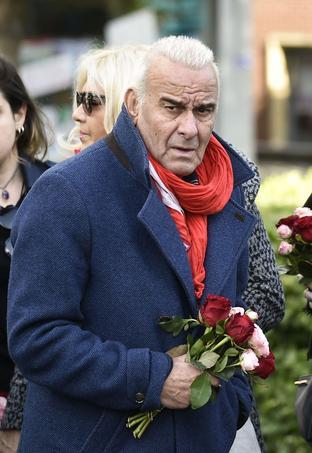 Michel Fugain aux obsèques de Maurane le 17 mai 2018.