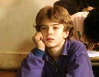 Laurent Lafitte joue son premier rôle à 15 ans.