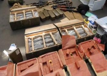 L'arsenal découvert dans la camionette.