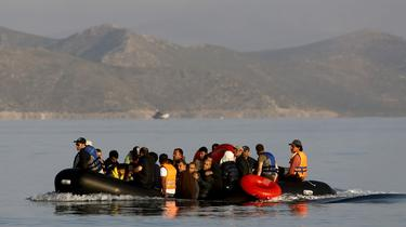 Bruxelles invite la France à accueillir 9000 migrants