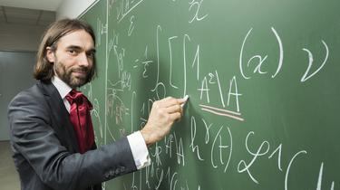 Intelligence artificielle: les propositions de Cédric Villani