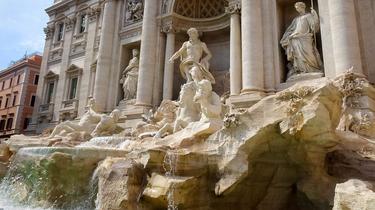 Les pièces de la fontaine de Trevi échappent au Mouvement 5 étoiles