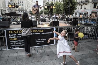 AFP/Le Vieux Lyon accueille encore cette année de multiples musiciens à chaque coin de rue.