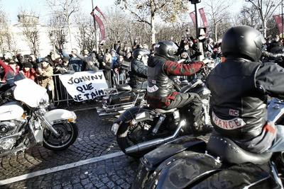 Les bikers ont été acclamés par la foule lors de leur passage.