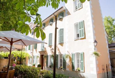 Hostellerie de l'Abbaye de la Celle.