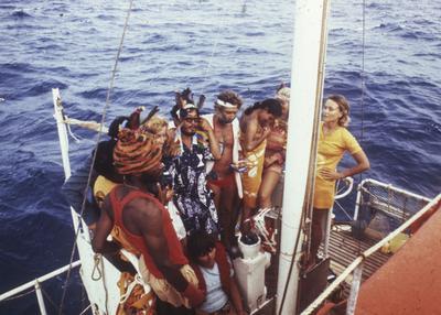 Sur plus de mille candidats, dix personnes ont été choisies pour l'expédition dont deux Françaises.