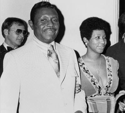 Aretha Franklin et son père Clarence LaVaughn Franklin, mort en 1984.