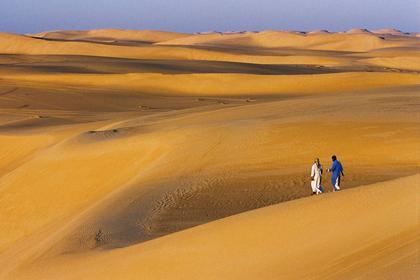 Le désert, un voyage qui nourrit l'esprit d'aventure.