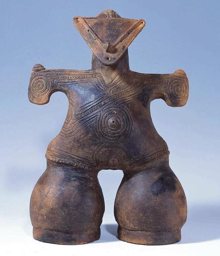 Figurine dite «Déesse masquée», datant du Jômon récent, en provenance du département de Nagano.