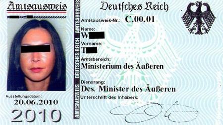 Exemple de carte d'identité émise au nom de l'Empire allemand.