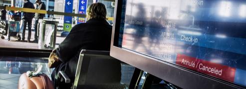 Grève des contrôleurs aériens : la moitié des vols annulés