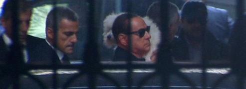 On n'attaque pas la passion de Berlusconi pour ses chiens